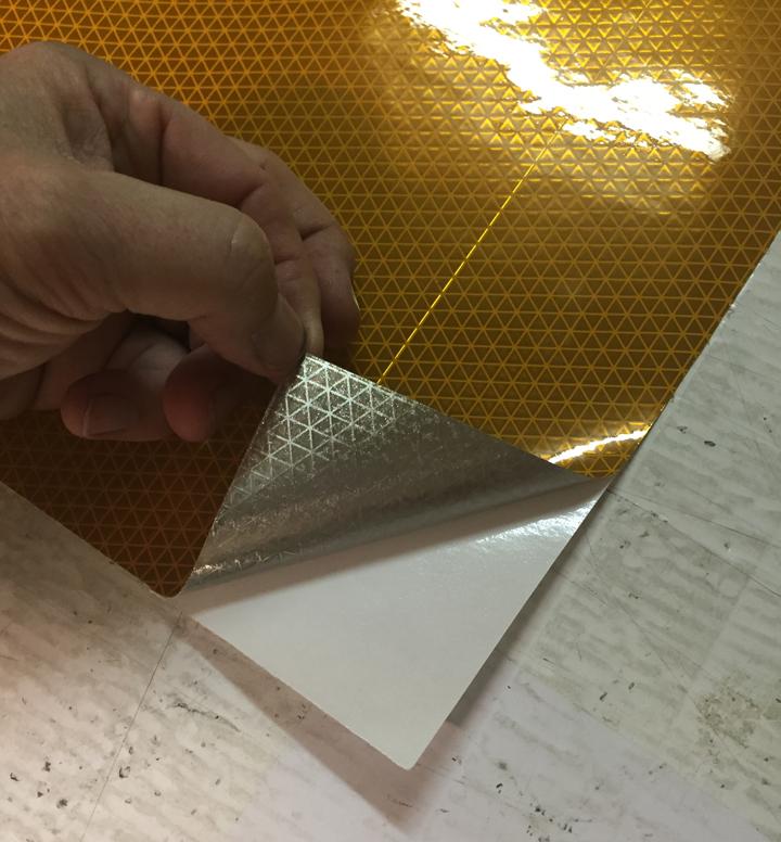 yellow black reflective striped chevron panel